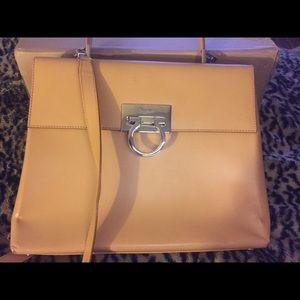 Salvatore ferragamo handbag beige